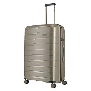 test cestovnych kufrov